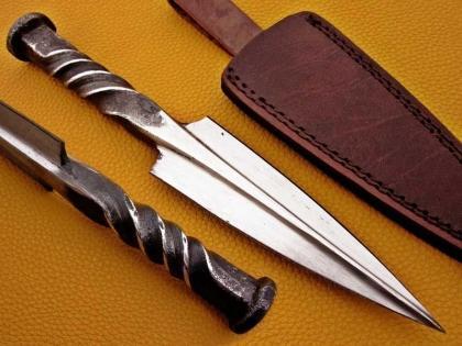 Handmade Rail Road Spike Steel Hunting Dagger Knife