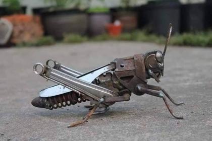 Decorative Metal Grasshooper